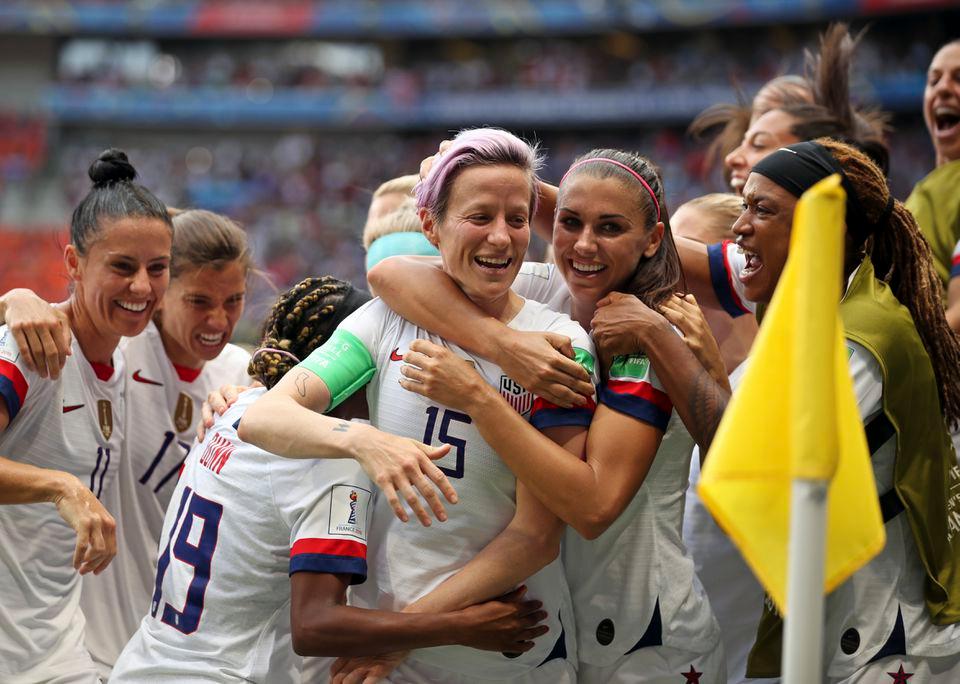 Women S World Cup Final 2019 Recap Usa S Megan Rapinoe Rose Lavelle Lead Uswnt Over Netherlands Uswnt2 Women S World Cup World Cup Jerseys World Cup Final