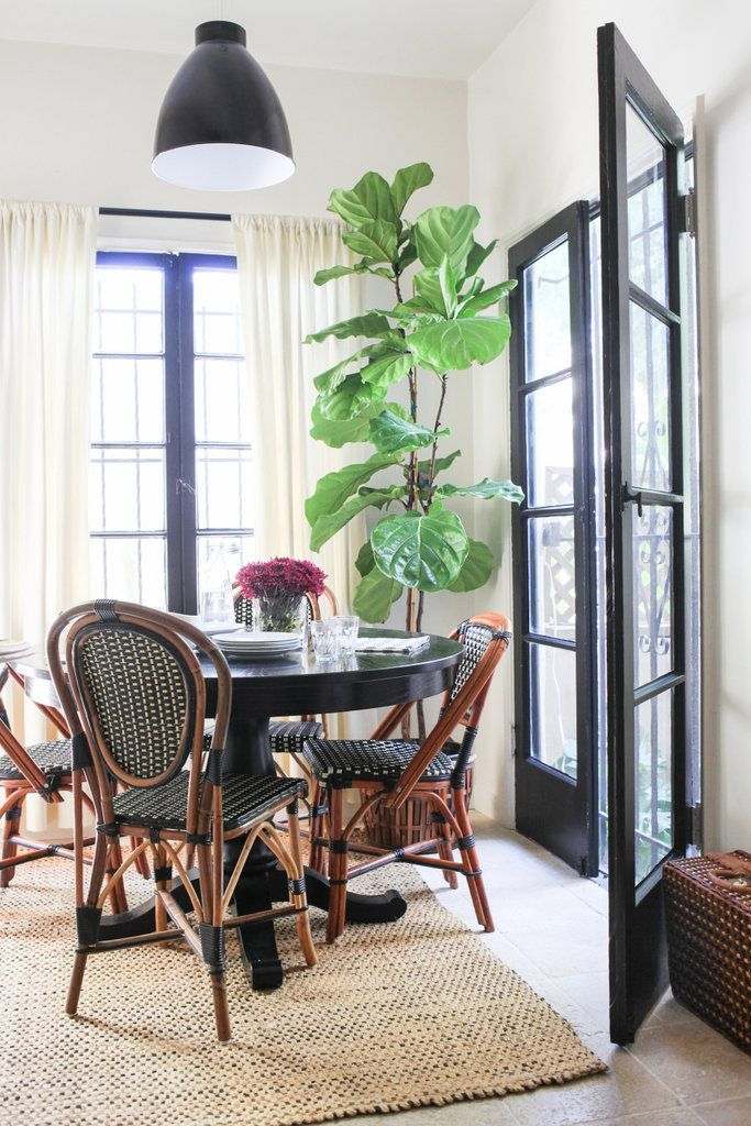 14 Ways to Decorate Like a French Woman in 2018   Dining Rooms     14 Ways to Decorate Like a Fench Woman   Bistro Chairs