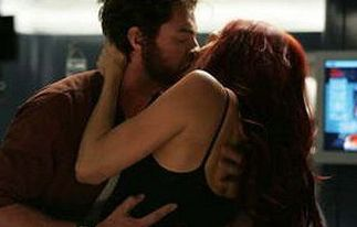 X Men 3 Wolverine And Jean Grey Wolverine And Jean Movie Kisses