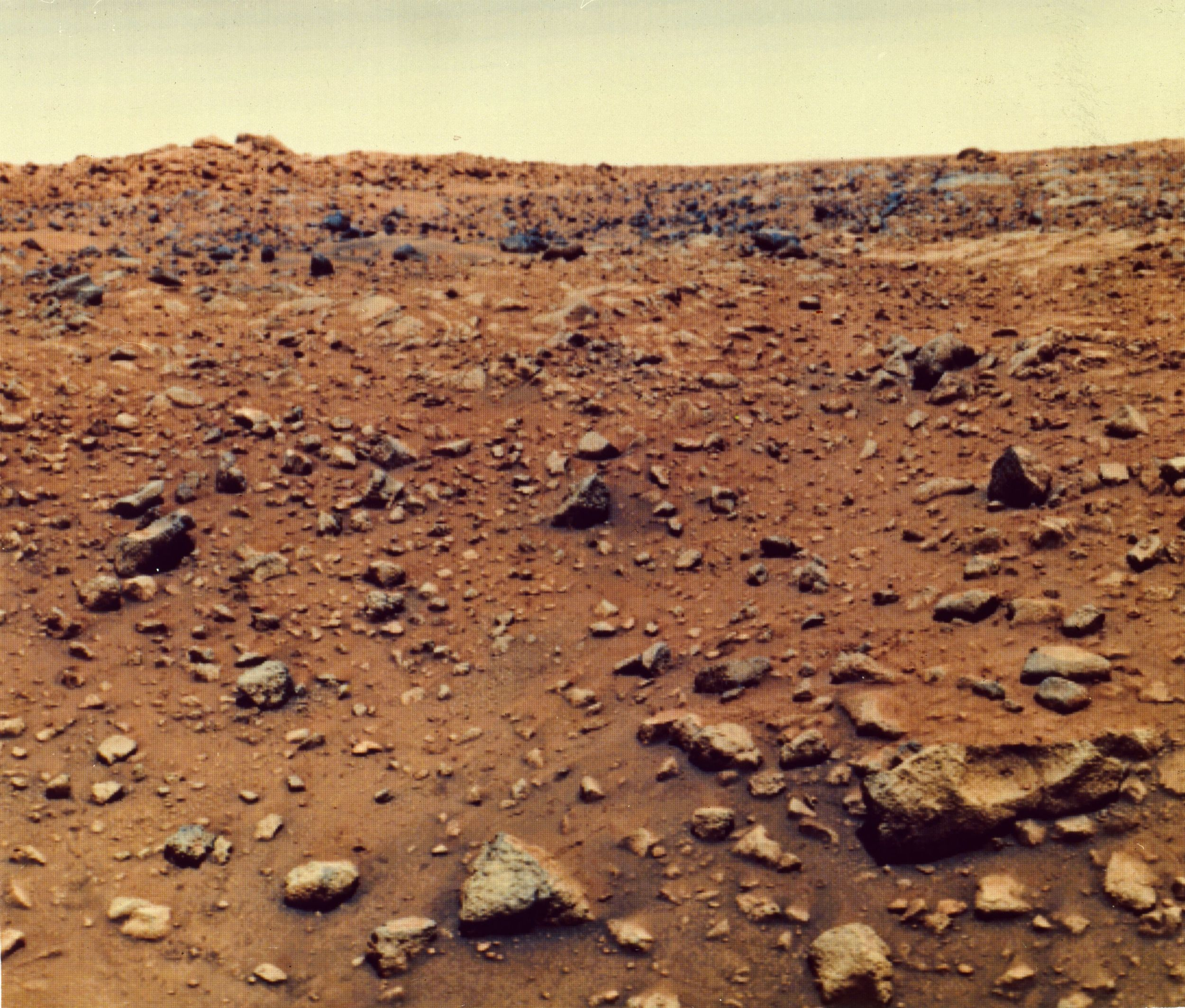 Remembering NASA's Viking 1 and the first images from Mars ...