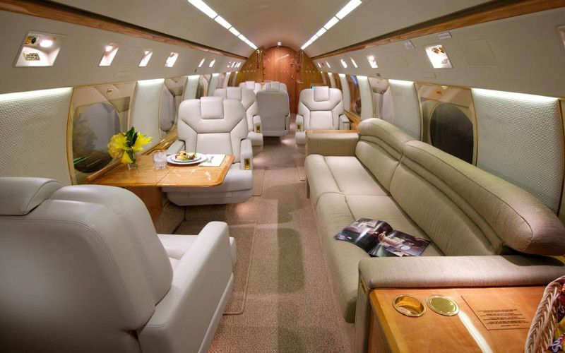 How much does it cost to own and operate a Gulfstream GIV