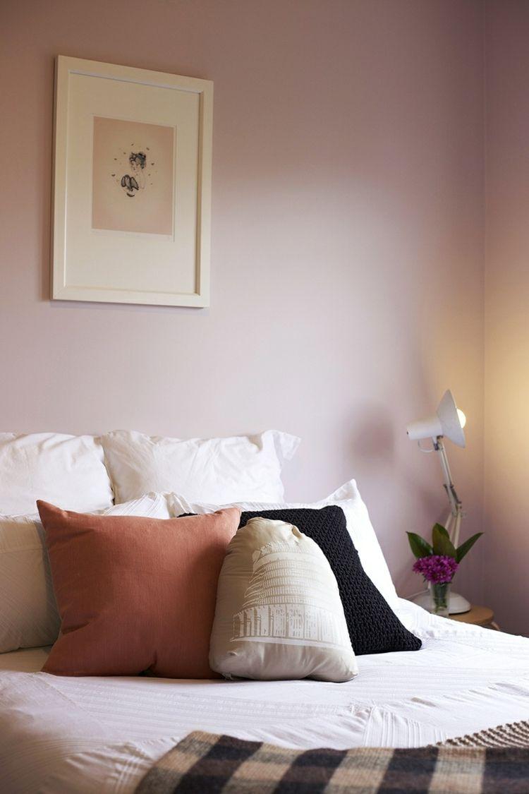 Farbe Mauve Schlafzimmer Wandfarbe Bett Dekokissen Schlafzimmer Farbschemata Schlafzimmerfarbe Zimmer