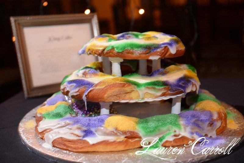 Chelsy michael mardi gras wedding king cake mardi