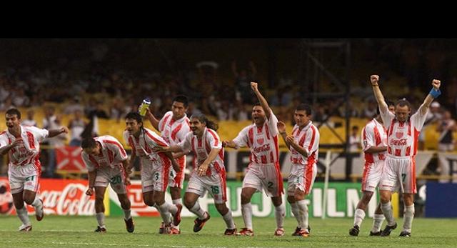 Necaxa vence al Real Madrid y es tercer lugar del Primer Campeonato Mundial de Clubes.