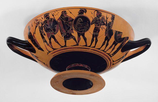 Terracotta Kylix Drinking Cup In 2020 Ancient Greek Art Greek