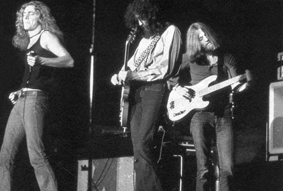 Led Zeppelin jamming