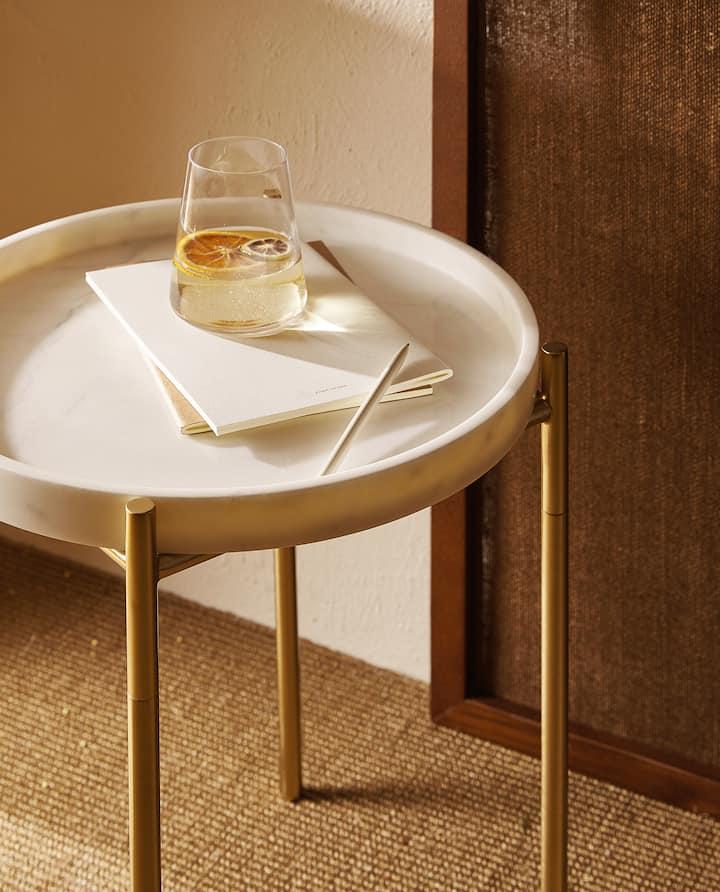 Afbeelding Van Het Product Bijzettafel Met Marmeren Blad Marble Side Table Living Room Side Table Marble Top Side Table