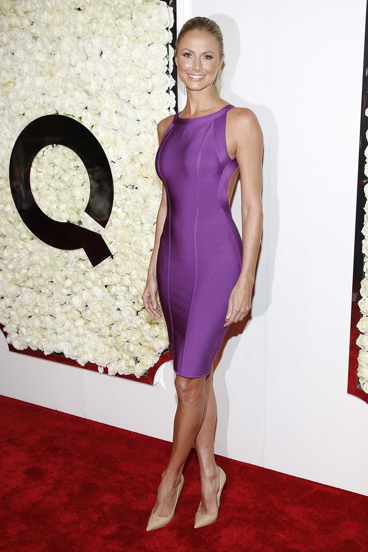 Stacy Keibler in a purple bodycon dress | Girl Crush | Pinterest