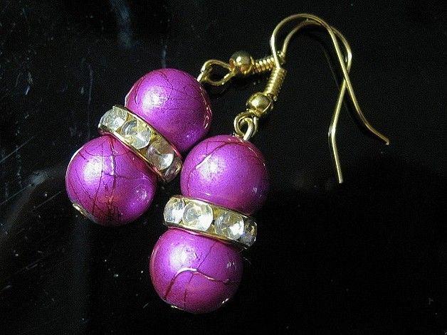 *_UNIKAT_*  Ohrringe aus pinken Glasbaliperlen und goldfarbigen Rondellen mit kristallklaren Strasssteinen.  Alle Metallteile sind lt. Herstellerangaben nickelfrei.  Sollte jemand Interesse...