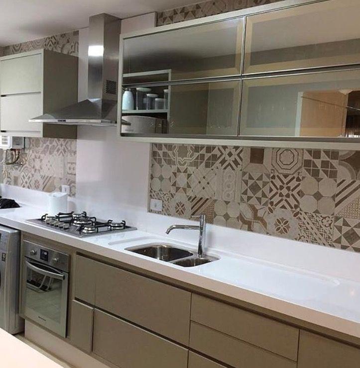 Pin de joy chen en kitchen pinterest cocina peque a for Cocinas departamentos modernos