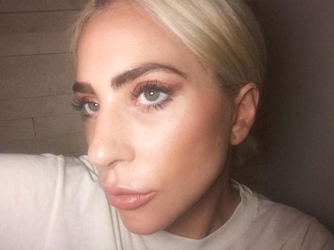 Visit The Webpage To Learn More About Makeup And Beauty Makeuplife Easymakeup Lady Gaga Hair Lady Gaga Makeup Natural Hair Bob