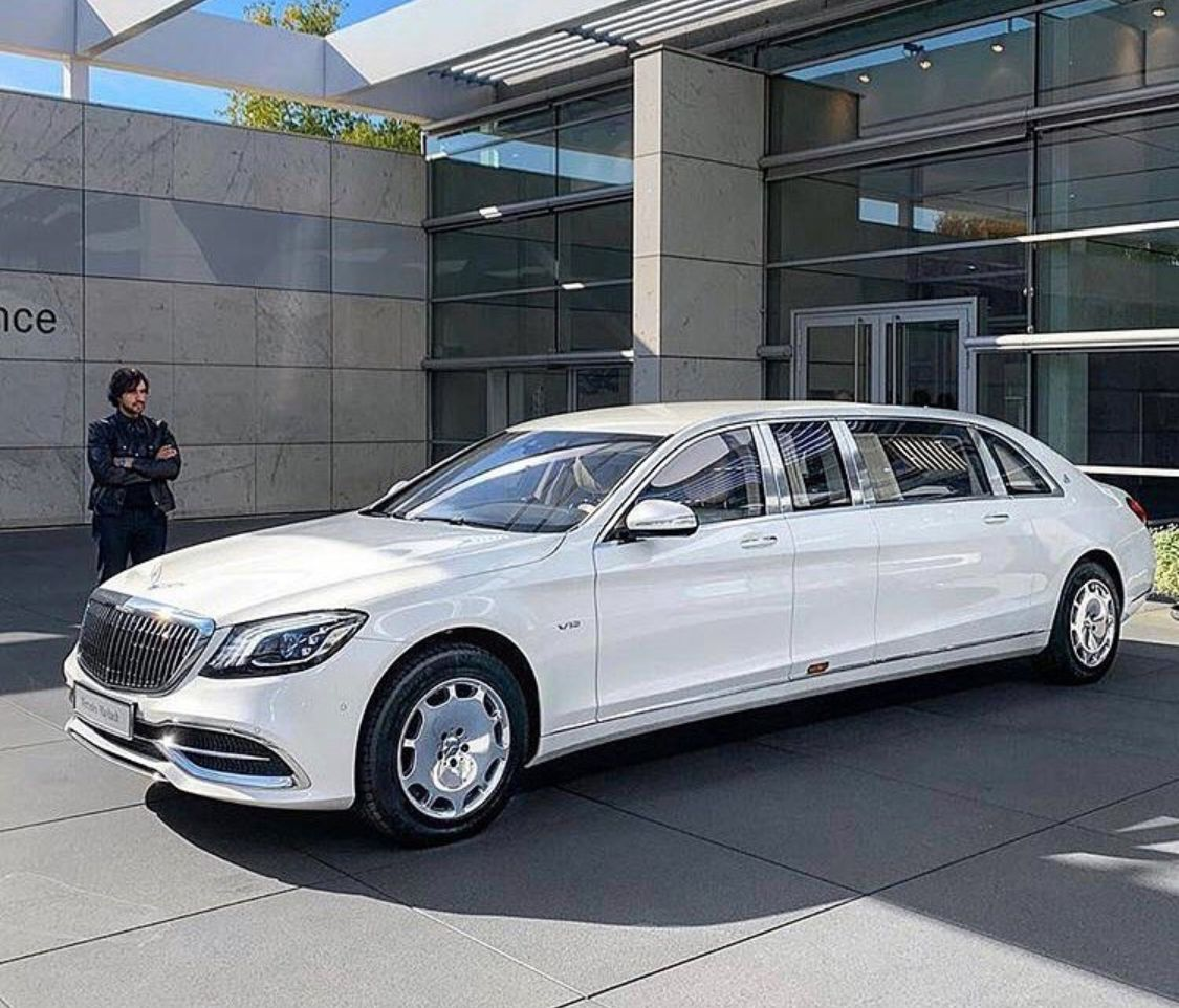 Mercedes Maybach Pullman S650 Is 6 5 Metres In Length Maybach