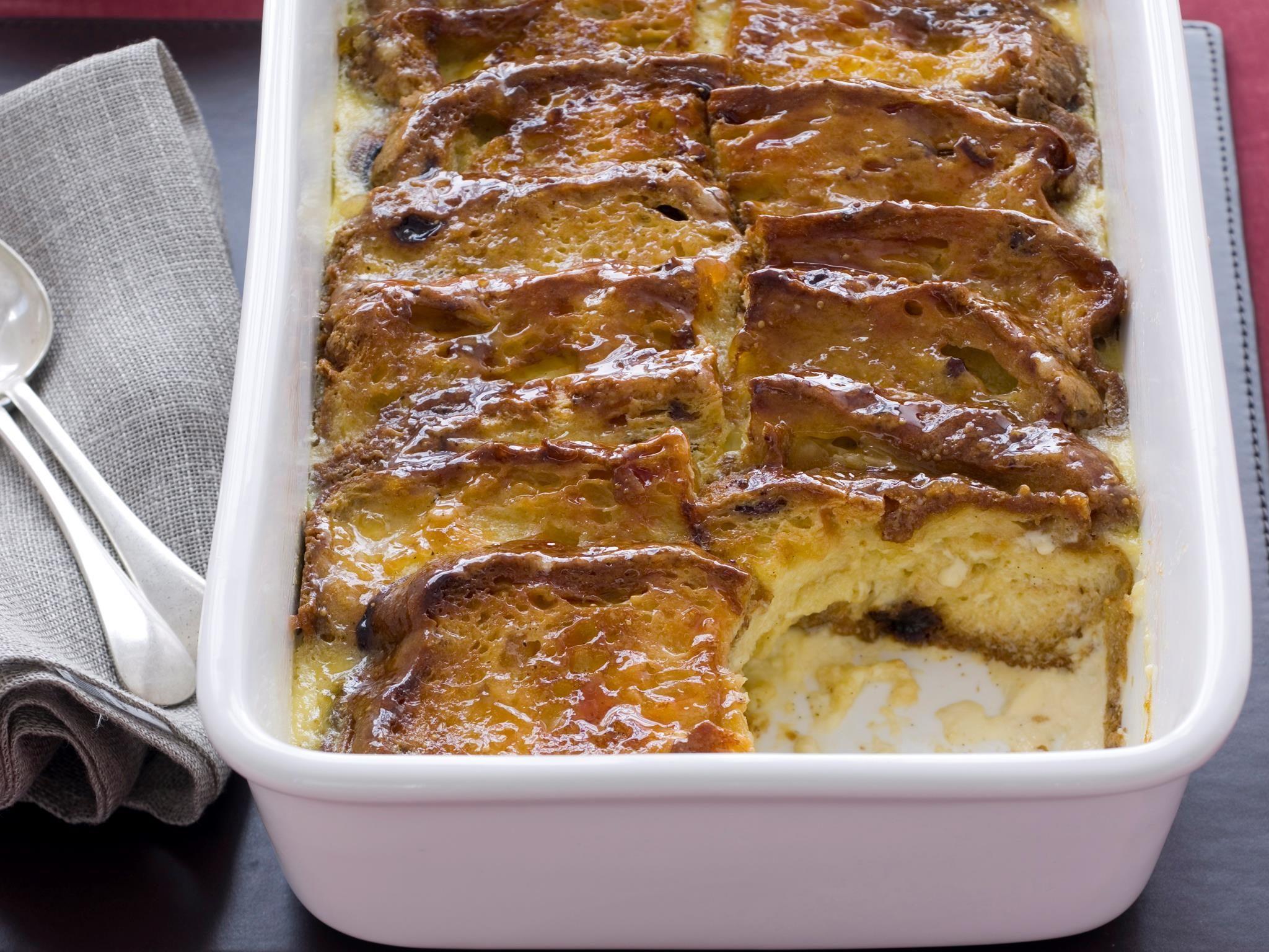 Panettone Bread And Butter Pudding Recipe Bread And Butter Pudding Pudding Recipes Italian Recipes Dessert