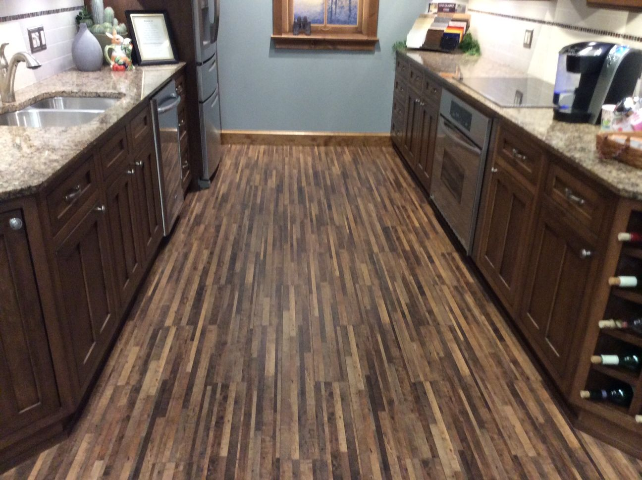 #Mohawk #Huchenson 12mm Thick Laminate. Made In The USA. Antique Leather  Maple