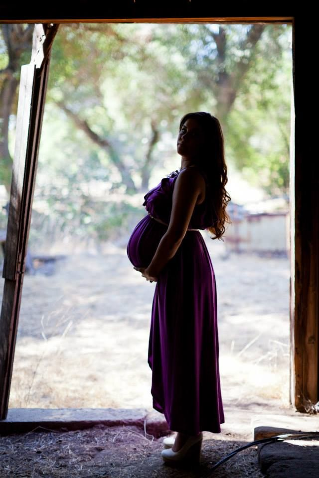 Maternity Pictures Top Shelf Photo