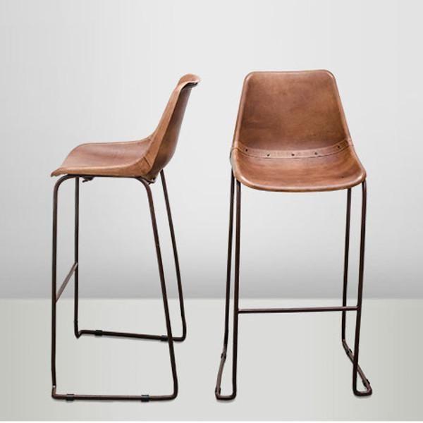 chaise cuir marron et structure acier mon chalet design deco pinterest chaise cuir. Black Bedroom Furniture Sets. Home Design Ideas