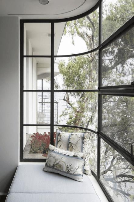 Framed In Black Interior Deco Art Deco Home Interior Architecture Design