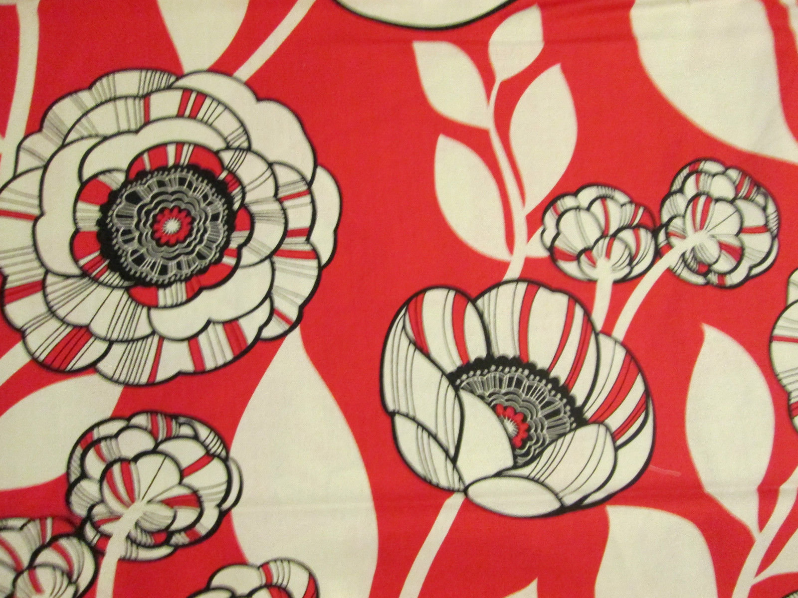 red poppies black poppy floral cotton fabric fq ebay home