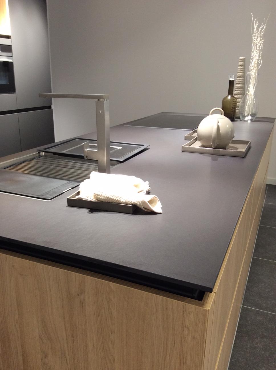 Innenarchitektur wohnzimmer grundrisse dekton sirius  ixina st truiden by granigo  küche  pinterest