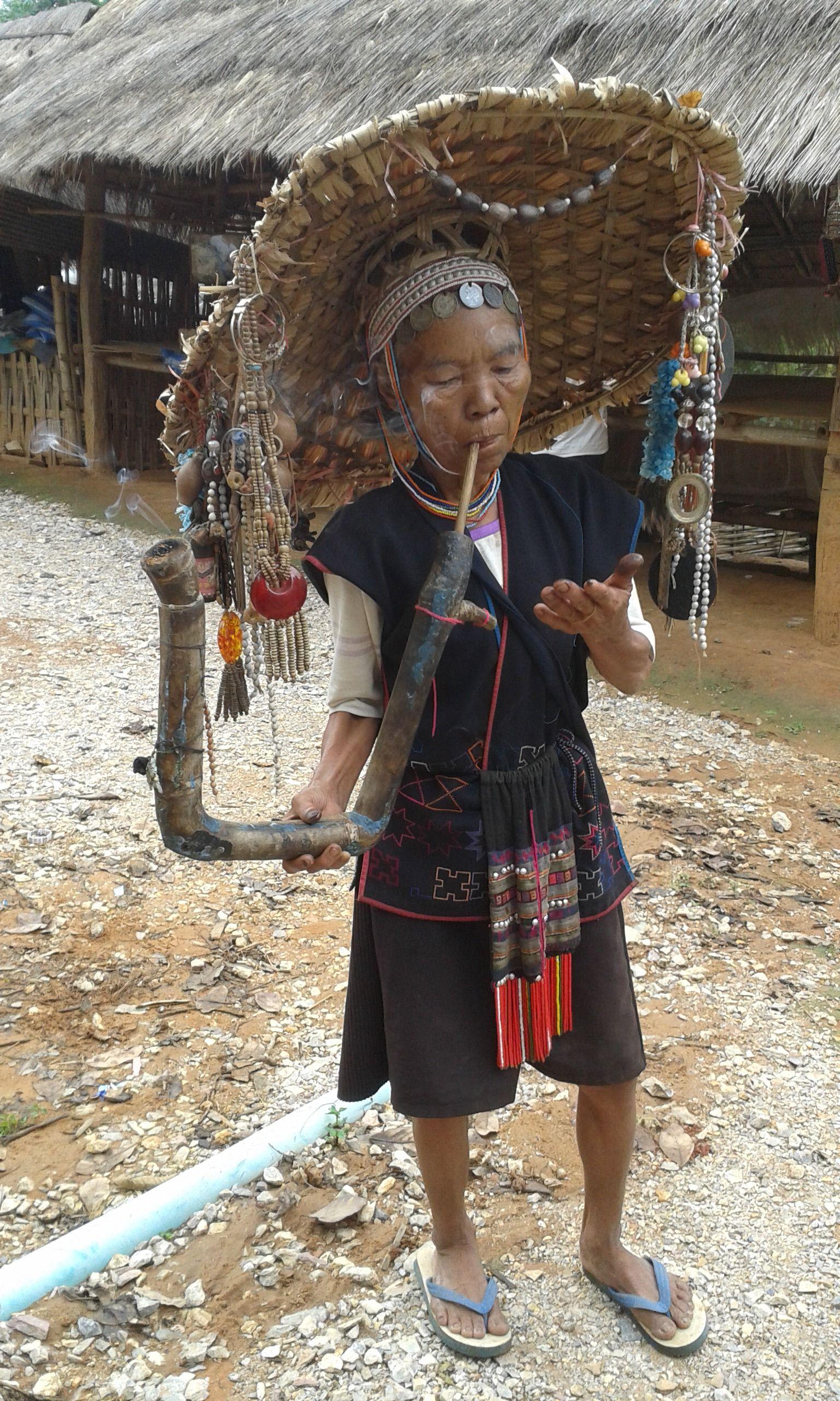 Fotografía Valeria León Tribu Akha Tribal Akha