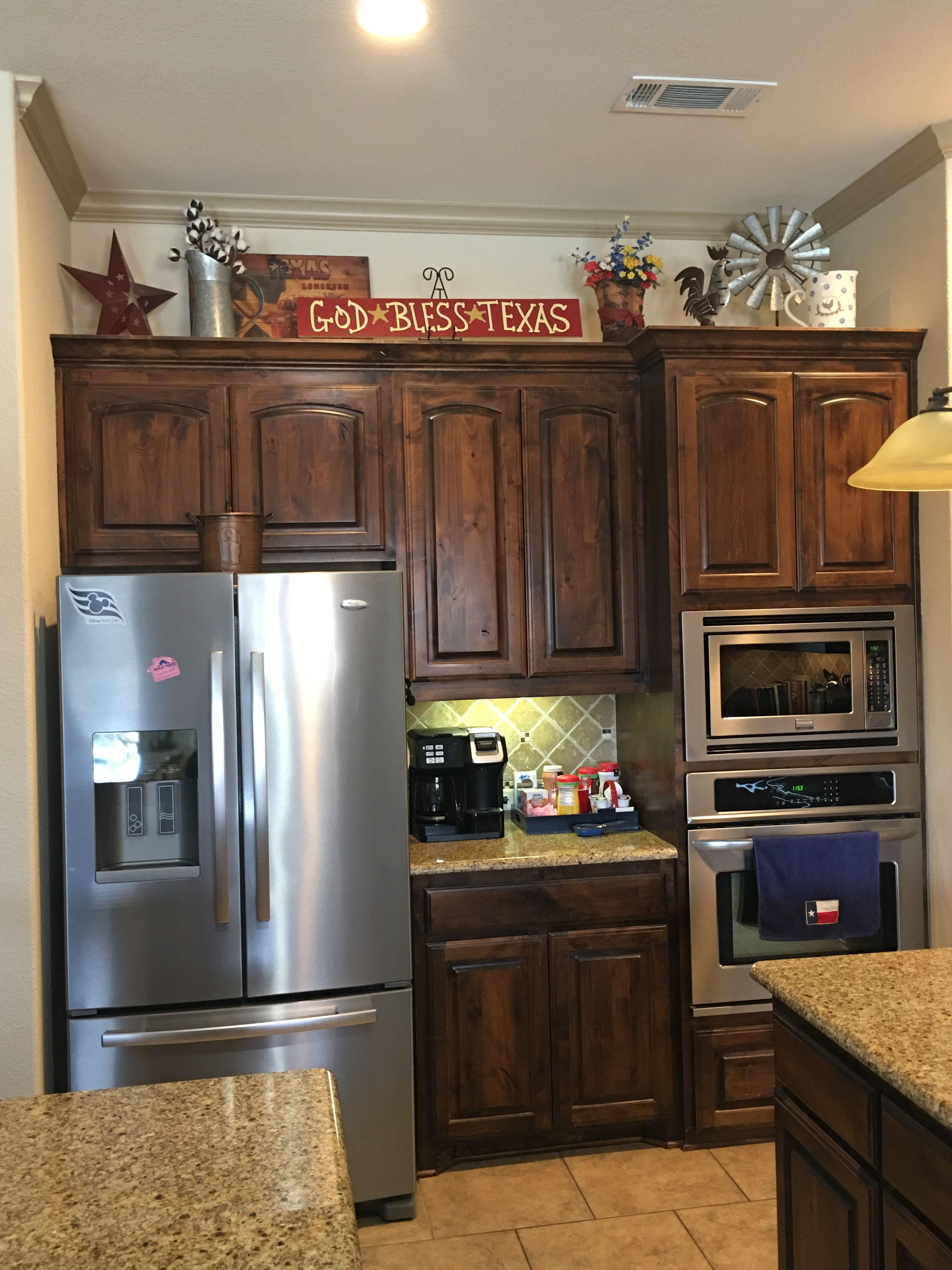Pin By Tisha Ashlin On Top Of Kitchen Cabinets Kitchen Cabinets And Countertops Kitchen Cabinets Decor Decorating Above Kitchen Cabinets