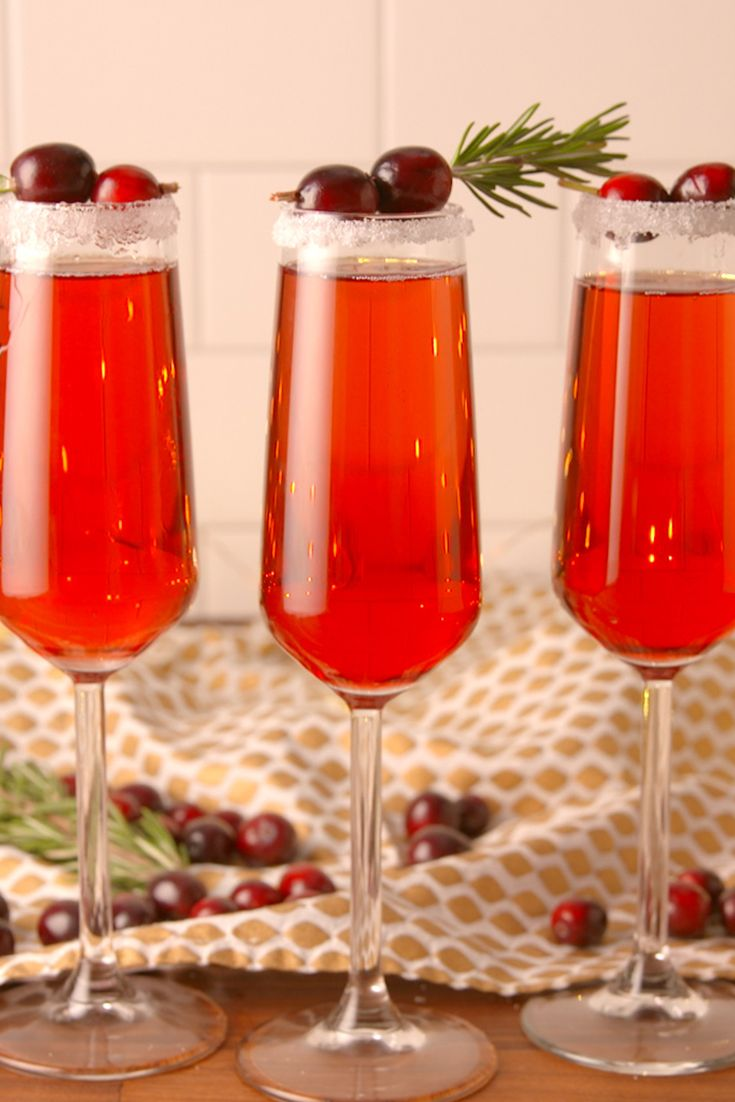 We Re Extra Grateful For Cranberry Mimosas This Thanksgiving Recipe Cranberry Mimosa Recipe Thanksgiving Cocktails Christmas Cocktails Recipes