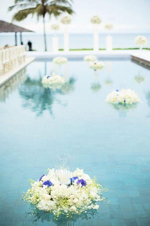 33 Cool Poolside Wedding Ideas Pool Wedding Wedding Pool Party Backyard Wedding