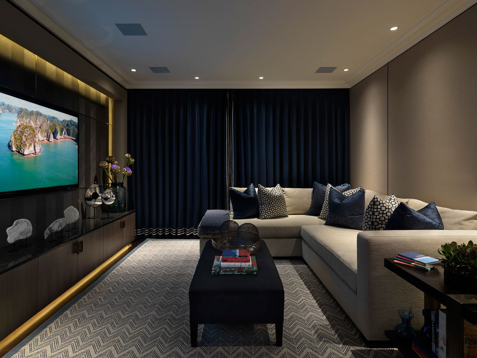 pin by alice on room living room cinema room. Black Bedroom Furniture Sets. Home Design Ideas