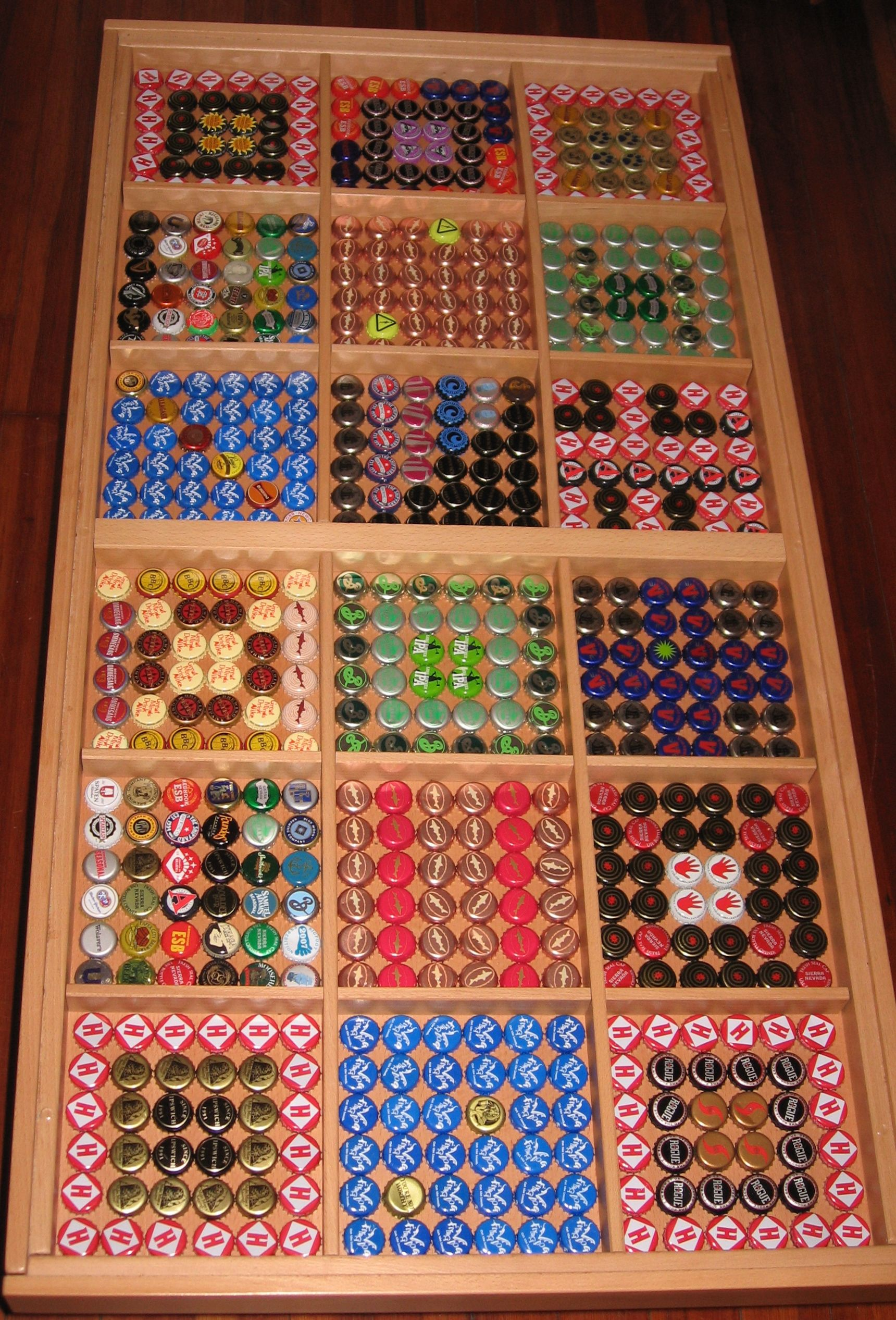 Bottle cap coffee table And ideas Bottlecap Craft