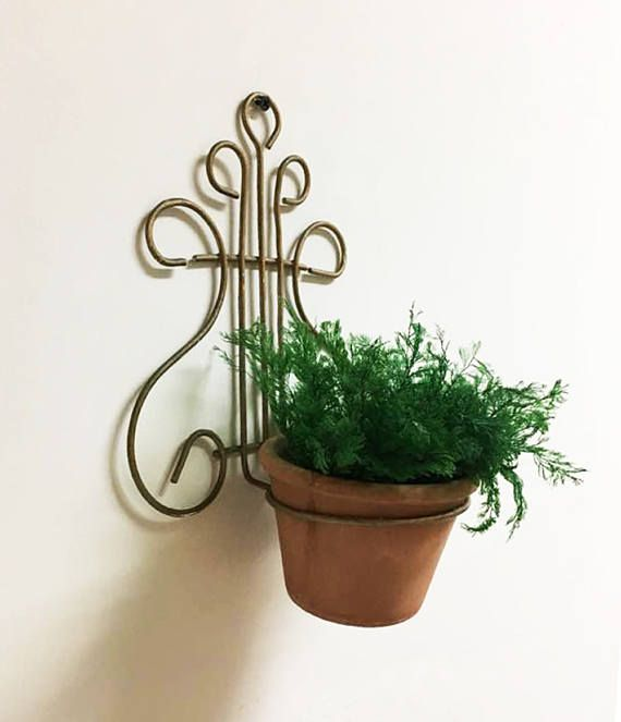 Wall Planter Holder Wire Plant Hanger Vintage Wall Mount Wall Mounted Plant Holder Flower Pot Holder Wall Planter