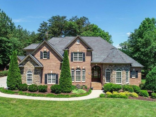 8134 Riesling Dr Kernersville Nc 27284 Zillow Zillow House Styles Riesling