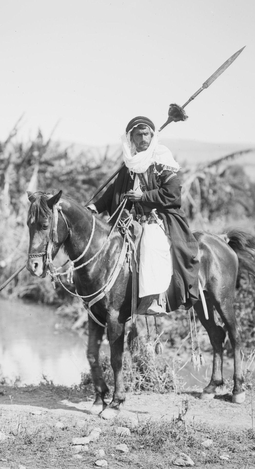 Yingce Bedouin Man On A Horse  Amun - Npcs - Bedouin -2717