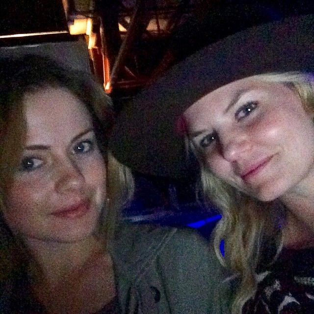 jenmorrisonlive: Thanks tink for coming to the screening party. Nothing like a good double facie ...