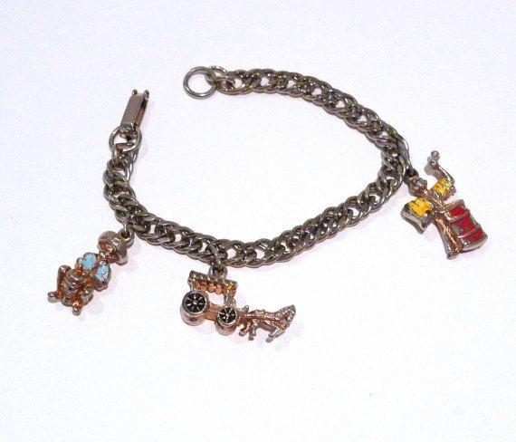 Vintage Hawaiian Charm Bracelet