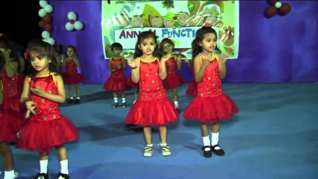 Papa Mere Papa In 2020 Kids Dance Welcome Songs Kids Groups