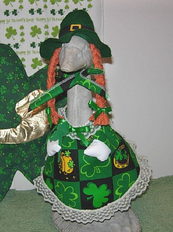 St Patricks Day Lucky Irish Symbols Outfit For 14 Cement Lawn