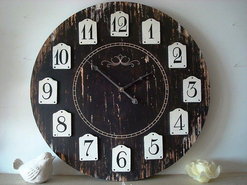 grande pendule horloge noire décoration charme rétro