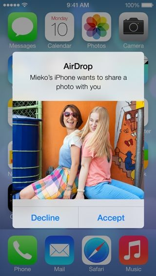 iOS 7 Preview: AirDrop lets you quickly and easily share Photos, Videos and other files
