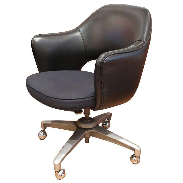 Superior Vintage Saarinen Executive Arm Task Chairs For Knoll