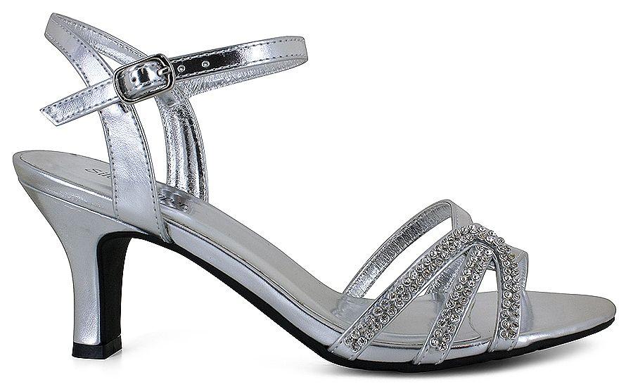 Stunning Silver Slipper® Belle:\u003cbr