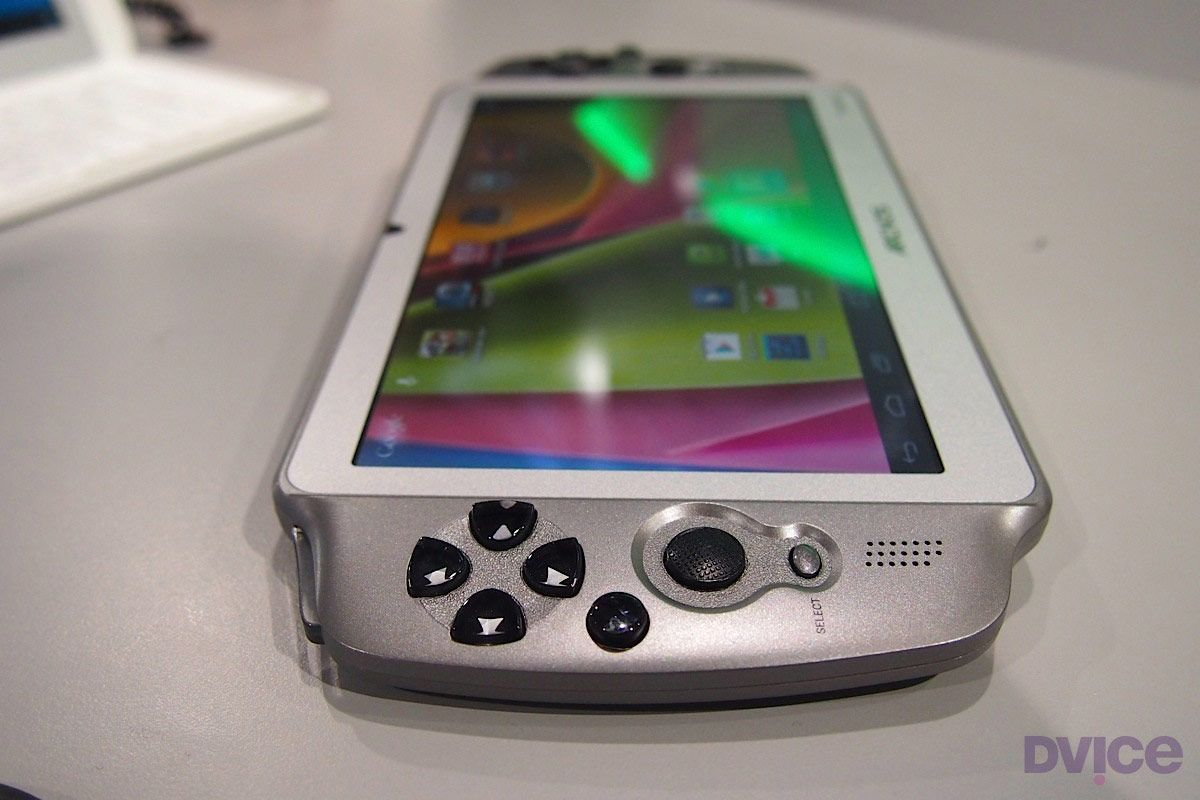 Archos takes aim at gamers with 7-inch Android GamePad | DVICE