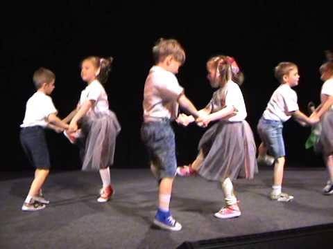 let's twist again- Przedszkole nr 10 w Lęborku - YouTube