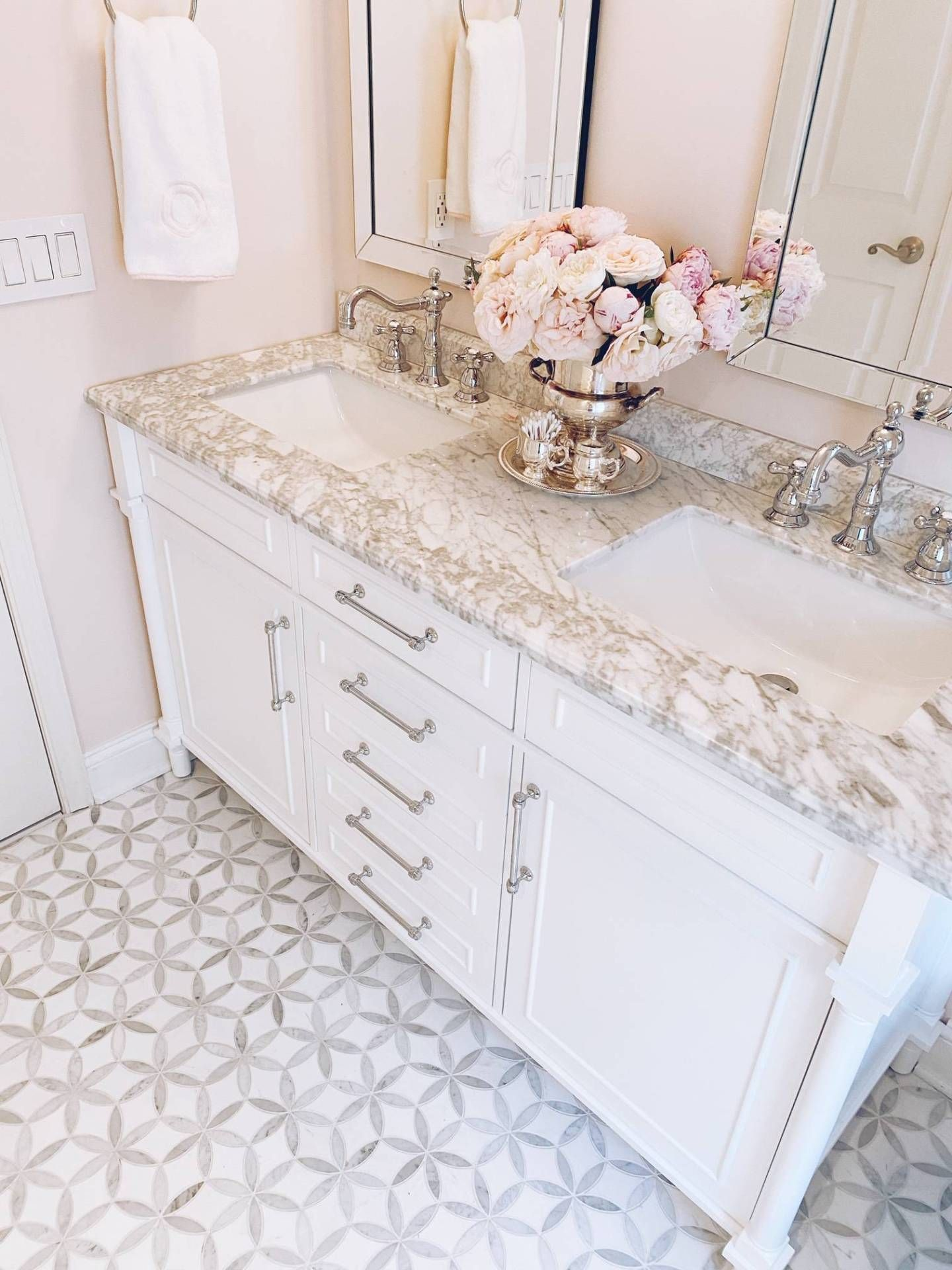 A Pink Girls Bathroom Remodel - The Pink Dream