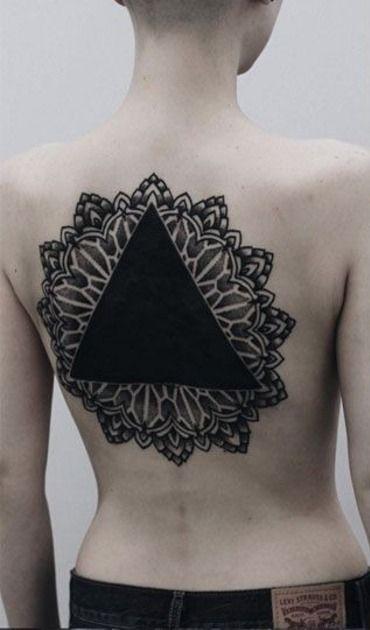 30 Beautiful Blackwork Tattoos That Make A Bold Statement Geometric Tattoo Blackout Tattoo Blackwork Tattoo