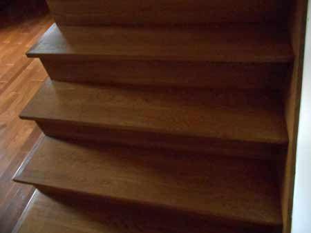 Best Prefinished Hand Scraped White Oak Stair Treads White 400 x 300