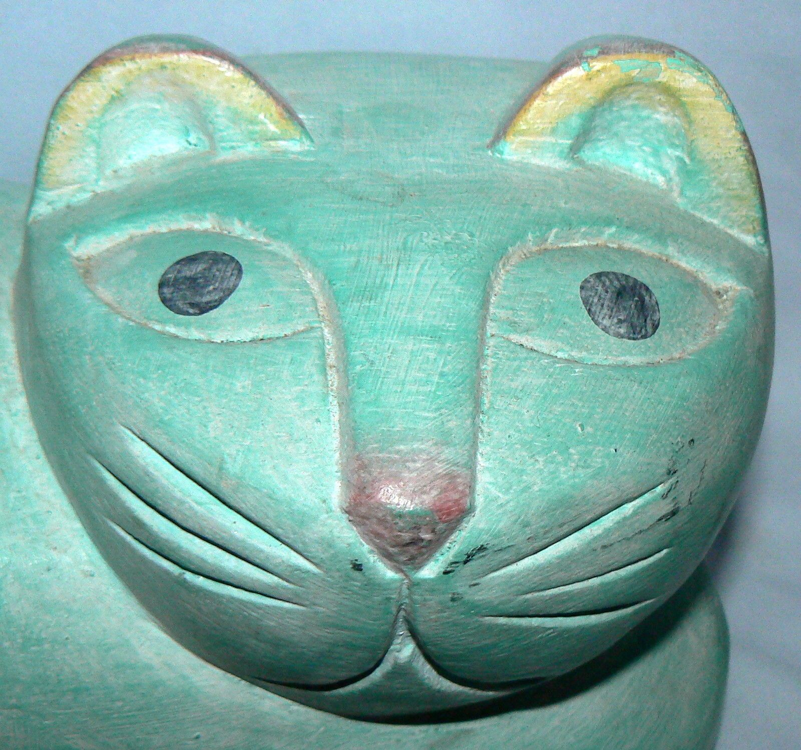 DECORATIVE WOODEN WOOD HAND CARVED GREEN PAINTED RESTING