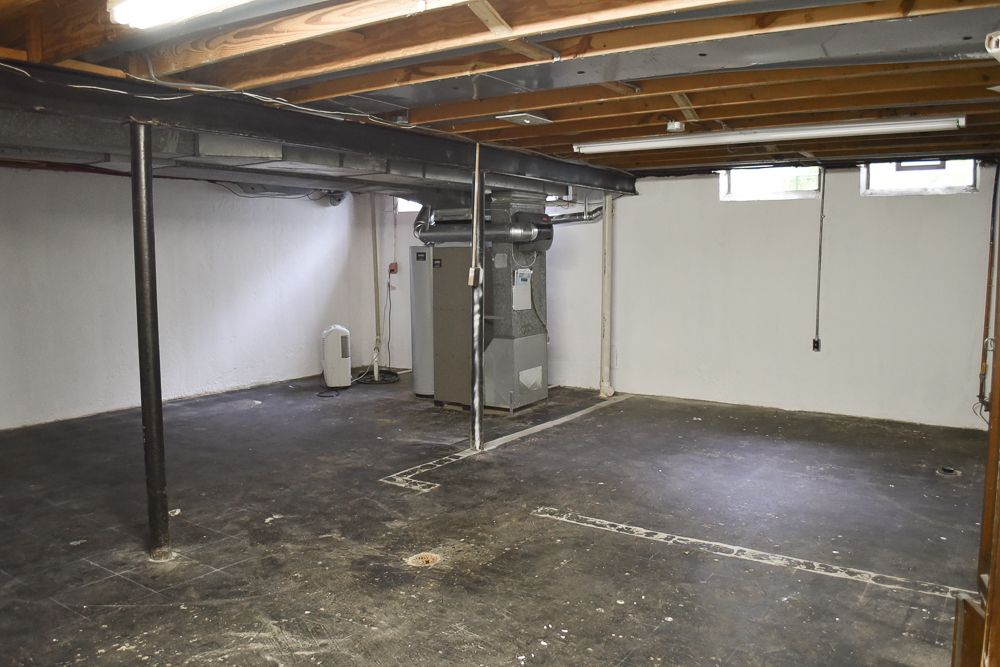 Unfinished Basement Ideas. Tags On A Budget DIY Cheap Industrial & 22 Ways to Make an Unfinished Basement Ideas You Should Try ...