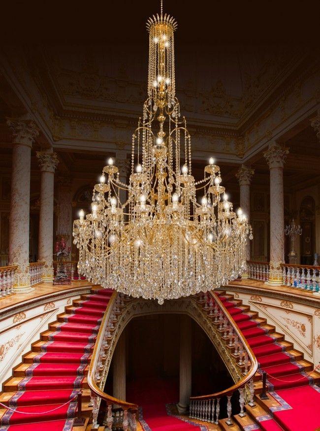 Lampadari Per Grandi Saloni.Meraviglioso Lampadario A 48 Luci Con Bracci In Ottone Diamantato