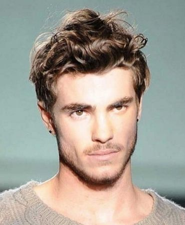 Looking For Mens Hairstyles For Heart Shaped Faces Wavy Hair Men Curly Hair Men Thick Hair Styles