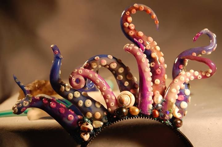 Octopus head dress by Shishiwitch of Voodoo Soap and Beads ~ Tenticularly fantastic! That's about as original as it gets.